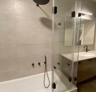 אמבטיון זכוכית (4)