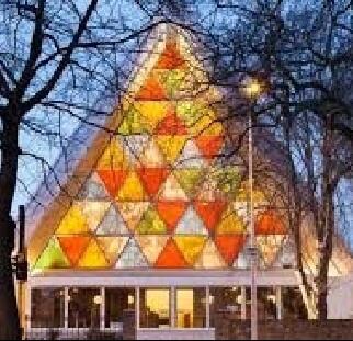 בניין צבעוני בהדפסה