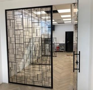 דלתות זכוכית מעוצבות (2)-min
