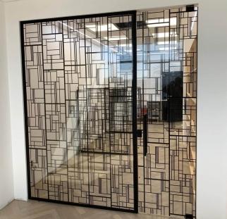 דלתות זכוכית מעוצבות (5)