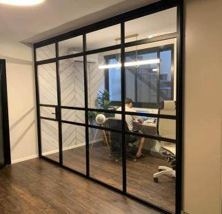 דלת זכוכית בלגי (2)