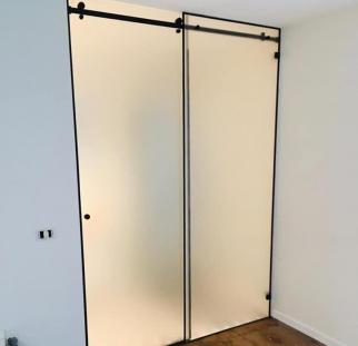 דלת זכוכית הזזה  (5)