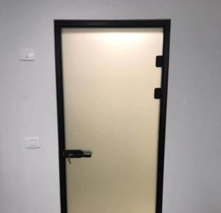 דלת זכוכית למשרד  (5)
