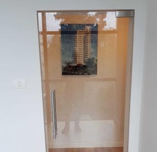 דלת זכוכית למשרד  (6)