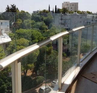 הגבהה מעקה בחיפה הגדולה