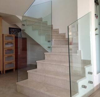 התאמה אישית של עיצובים בטיחותיים לבית