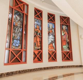 ויטראז זכוכית בכנסייה