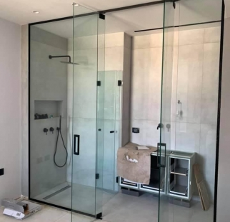 חדרי רחצה מזכוכית מעוצבת (1)