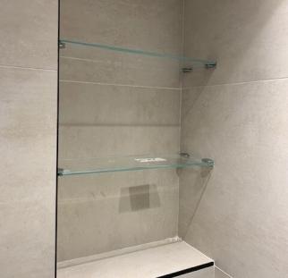 מדפי זכוכית 2
