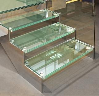 מדרגות זכוכית  (11)