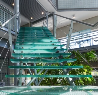מדרגות זכוכית  (6)
