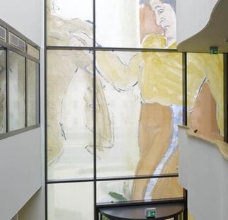מחיצות זכוכית בהתאמה אישית