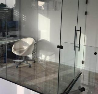 מחיצות זכוכית לבית  (6)