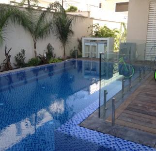 מעקה בטיחות לבריכה בראשון לציון  (1)