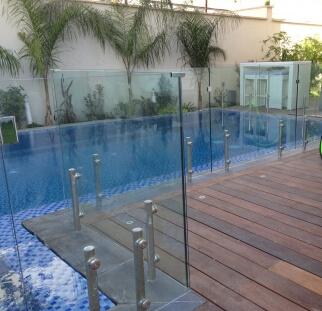 מעקה בטיחות לבריכה בראשון לציון  (4)