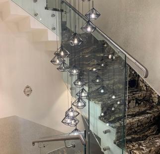 מעקה זכוכית למדרגות (6)