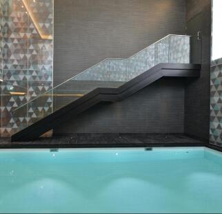 מעקות לבריכה  (1)