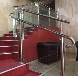 מעקות זכוכית תיאטרון ירושלים  (11)