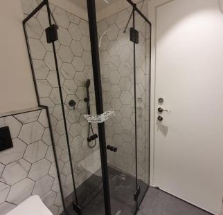 מקלחון פינתי (1)