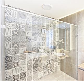 מקלחונים  (2)