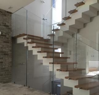 עיצובים באמצעות זכוכית חברת גאן אור