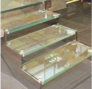 מדרגות זכוכית  (3)